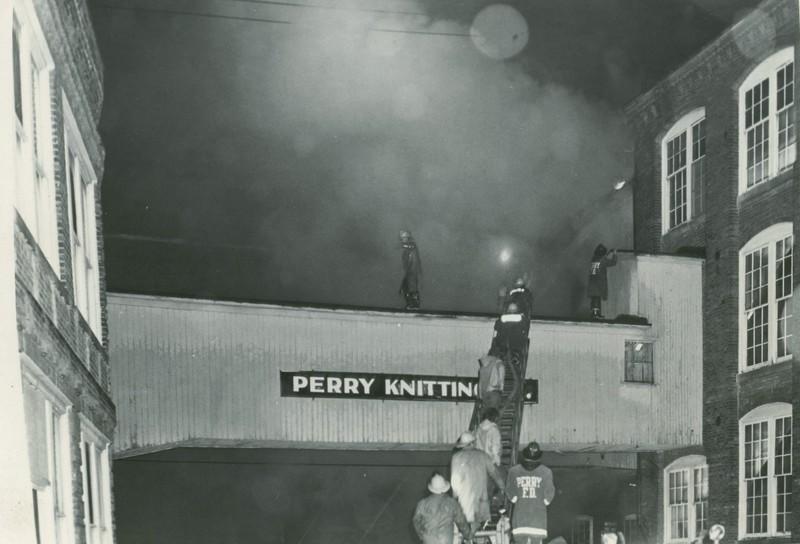 Walkway 1973.jpg