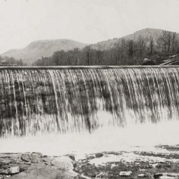 Sloatsburg Dam@3x.jpg