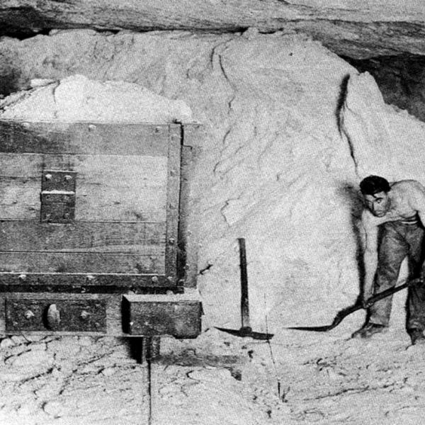 Salt Miner Pick and Shovel Method